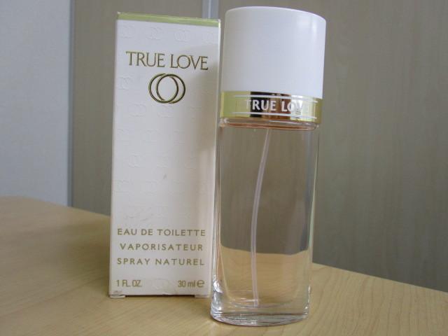 Elizabeth Arden/エリザベスアーデン TRUE LOVE/トゥルーラブ EDT 30mlを買取させていただきました。