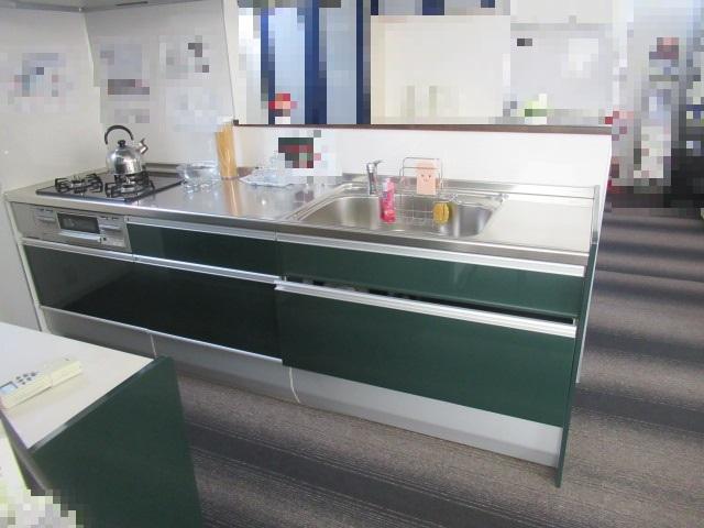 システムキッチン(クリナップ クリンレディBクラス)を買取させていただきました。